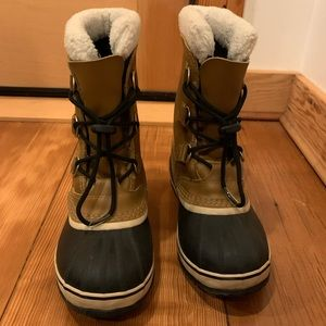 Sorel Boots Yoot Pac TP (kids fit women 7.5 or 8)